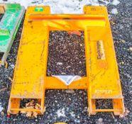 Fork lift jib A757929