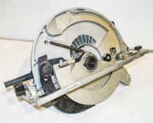 Makita 110v circular saw ** Parts missing **