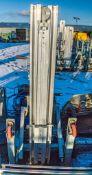 Sumner 2015 material handler A658008