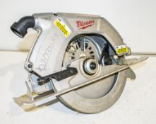 Milwaukee 110v circular saw ** Parts missing **