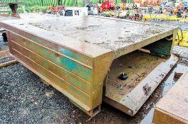 Man Hole box top and bottom Width: 2.5 metre Length: 2.5 metre c/w connectors
