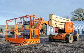 JLG 450AJ diesel driven rough terrain articulated boom access platform Year: 2007 S/N: 5190 Recorded