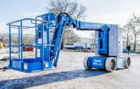 Genie Z-30/20N battery electric articulated boom lift Year: 2003 S/N: N03-6389 Recorded Hours: 425