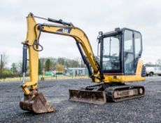 Caterpillar 302.5 2.8 tonne rubber tracked mini excavator Year: 2003 S/N: 4AZ05254 Recorded Hours: