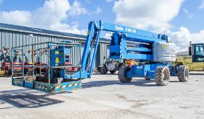 Genie Z60/34 diesel/electric articulated boom lift access platform Year: 2014 S/N: Z6014-13521