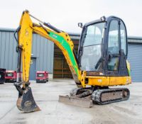 JCB 8016 1.5 tonne rubber tracked mini excavator Year: 2015 S/N: 2071770 Recorded Hours: 1990 blade,