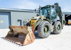 JCB 4CX Sitemaster backhoe loader Year: 2010 S/N: 2003206 Recorded Hours: 4362 c/w 4-in-1 loading