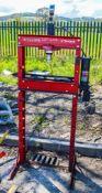 Hydraulic garage press N700893