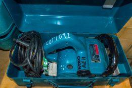 Makita 9741 110v wheel sander c/w carry case WOOOAE11