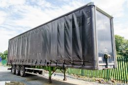 Lawrence David 13.5 metre tri axle curtain sided trailer Year: 2007 Chassis Number: CS000895