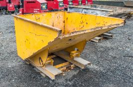 Fork lift tipping skip A758370