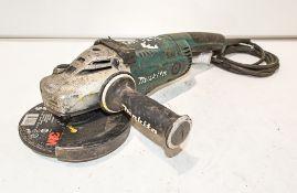 Makita GA7020 110v angle grinder 11011894