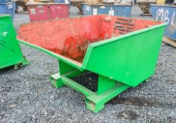 Steel fork lift tipping skip A957572