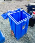 Pull along spill kit container 23420021