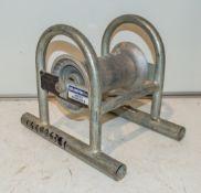 Pipe roller L4482631