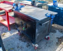 Armorgard Mobile Tuffbench mobile work bench c/w bench vice, pipe vice & keys A823910