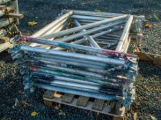 12 - aluminium prop frames