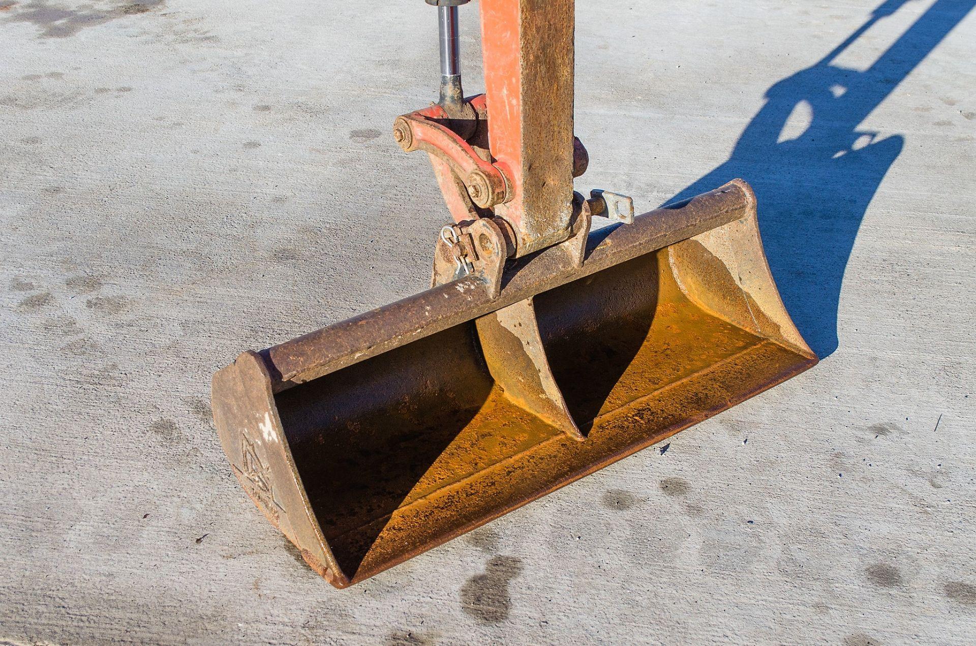 Kubota KX016-4 1.5 tonne rubber tracked mini excavator Year: 2015 S/N: 58688 Recorded Hours: 1736 - Image 12 of 19