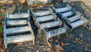 12 - aluminium trench props