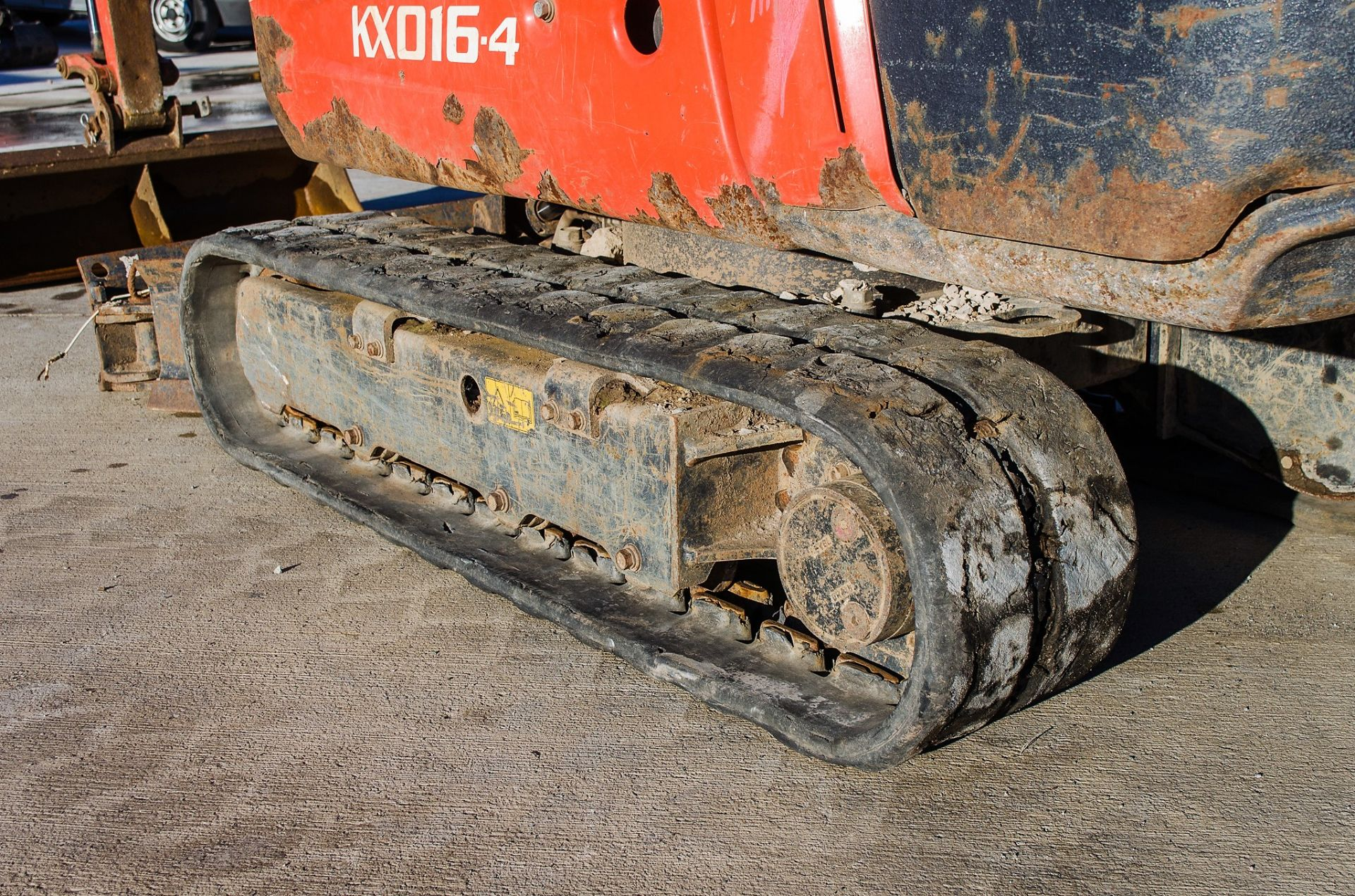 Kubota KX016-4 1.5 tonne rubber tracked mini excavator Year: 2015 S/N: 58688 Recorded Hours: 1736 - Image 9 of 19