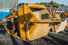 Secatol 1000 litre concrete chute/skip