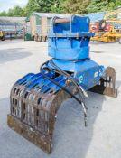 McQuaid Engineeringhydraulic selector grab to suit 13 tonne machine