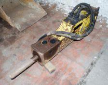 Soosan hydraulic breaker to suit 3 tonne excavator