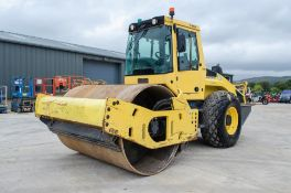 Bomag BW213 DH-4i single drum roller Year: 2014 S/N: 101004 Recorded Hours: 2194 ** This lot is