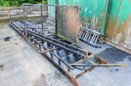Steel steps with gantry