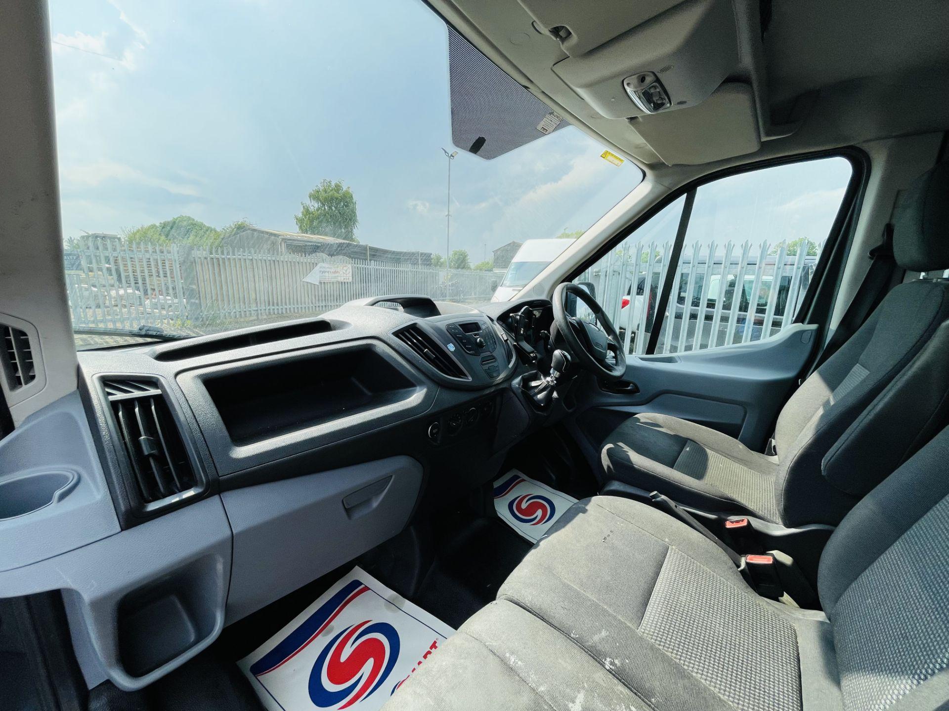 Ford Transit 2.2 TDCI 100 L3 H2 T350 2015 '65 Reg' - Panel Van - LCV - Grey - Image 4 of 14