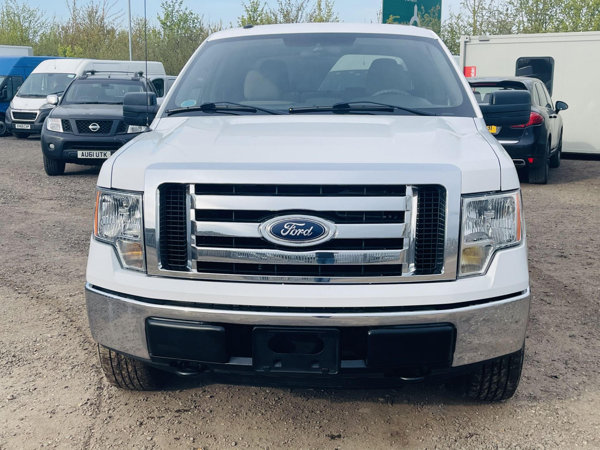 Ford F-150 XLT 4.6L V8 Super-crew 4WD 2010 ' 2010 Year' 6 Seats - Air con - NO RESERVE - Image 3 of 24