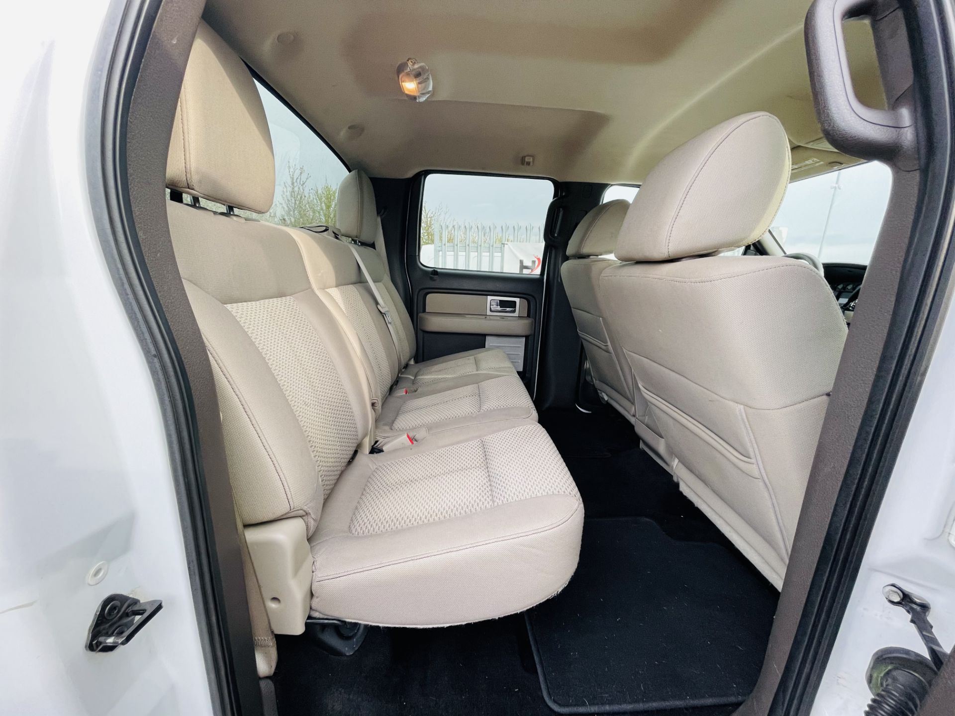 Ford F-150 XLT 4.6L V8 Super-crew 4WD 2010 ' 2010 Year' 6 Seats - Air con - NO RESERVE - Image 19 of 24