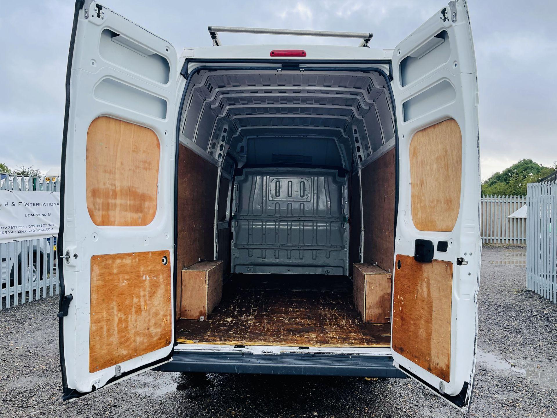 ** ON SALE ** Peugeot Boxer 2.0 BlueHDI L4 H3 2017 '66 Reg' Panel Van - LCV - Euro 6b ULEZ Compliant - Image 12 of 18