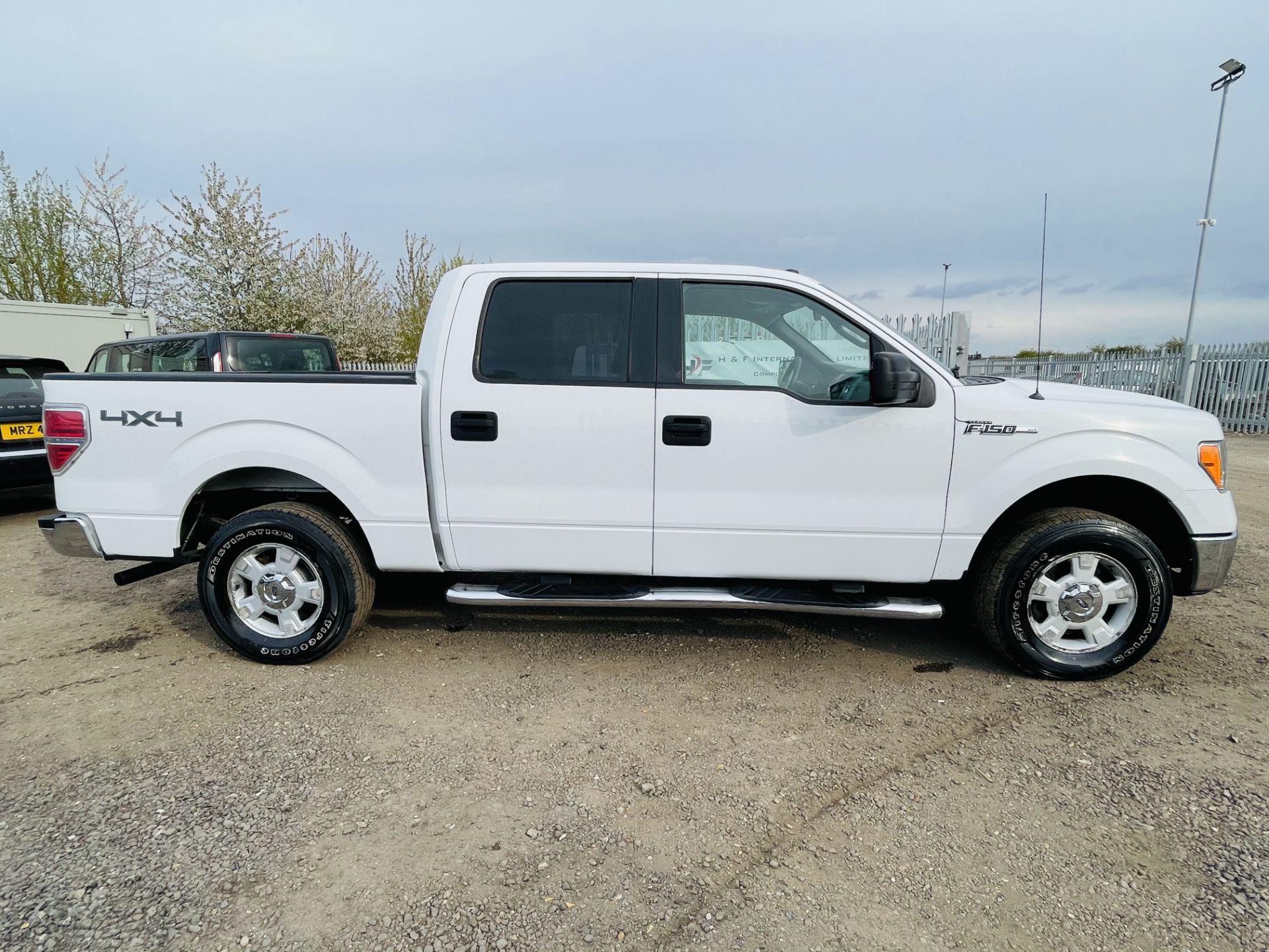 Ford F-150 XLT 4.6L V8 Super-crew 4WD 2010 ' 2010 Year' 6 Seats - Air con - NO RESERVE - Image 17 of 24