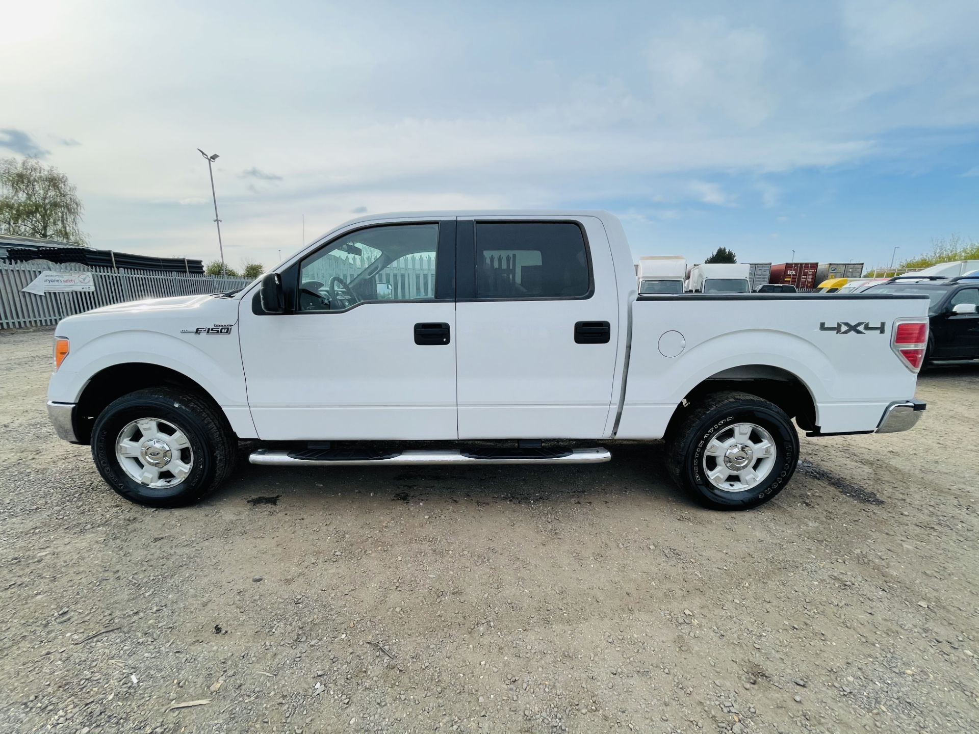 Ford F-150 XLT 4.6L V8 Super-crew 4WD 2010 ' 2010 Year' 6 Seats - Air con - NO RESERVE - Image 6 of 24