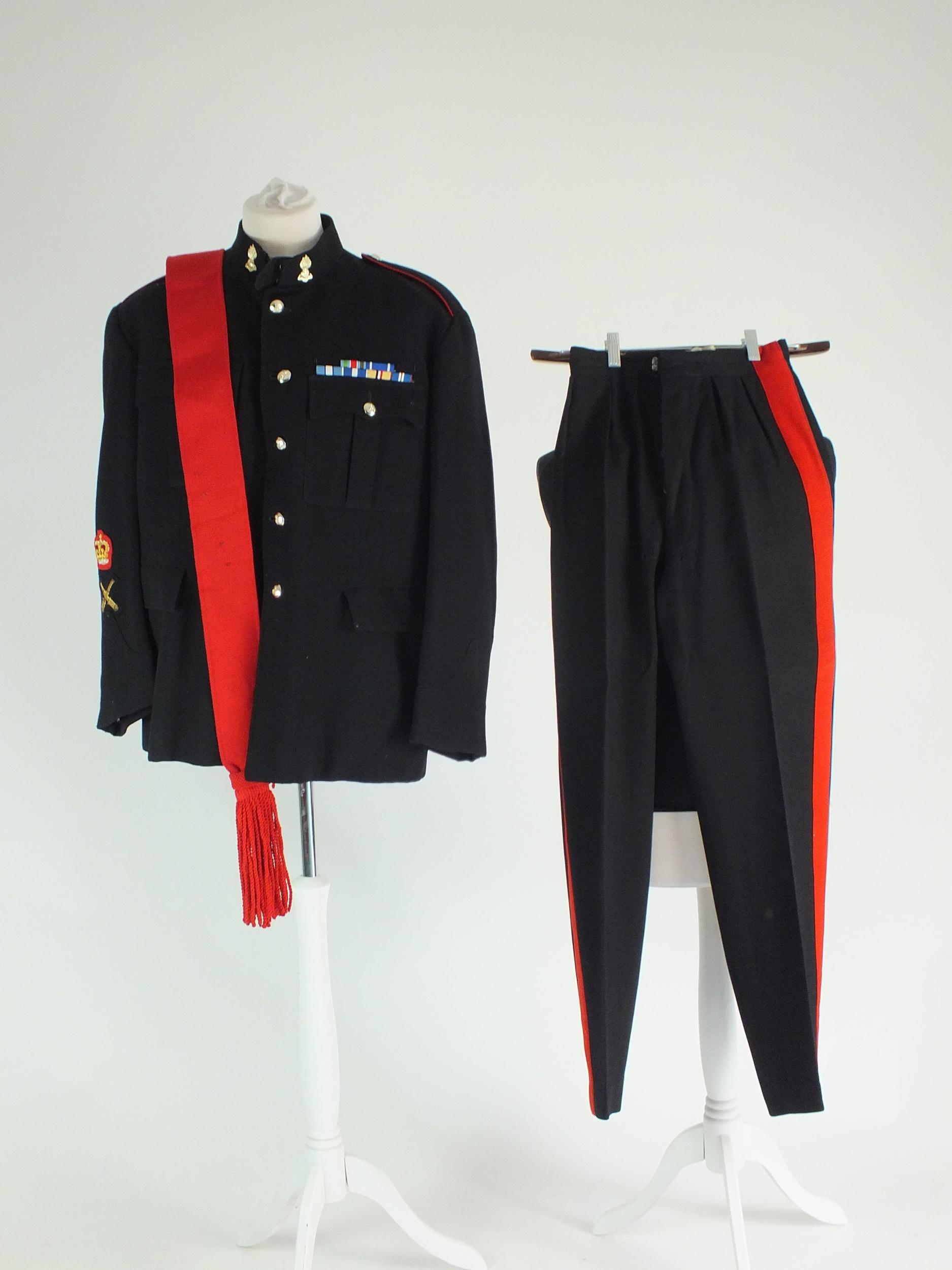 Royal Artillery uniform - Image 4 of 7
