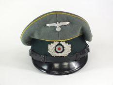Second World War Army Signal NCO's visor cap by Pekuro