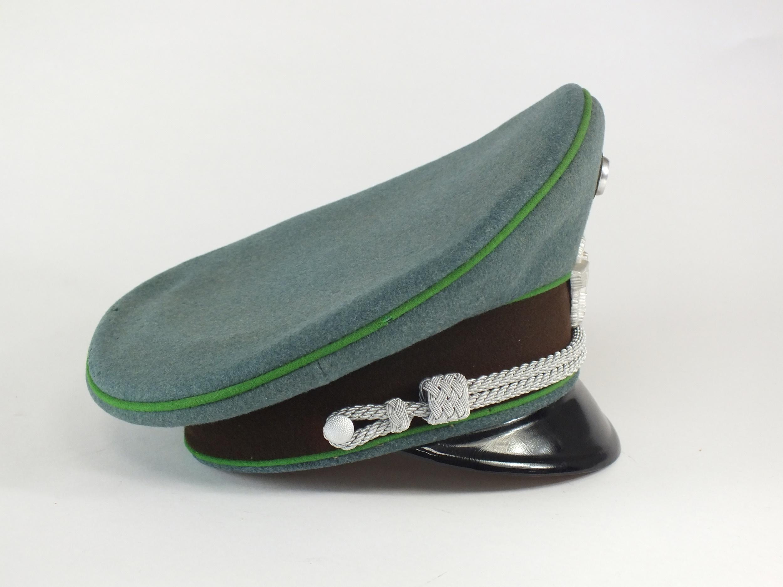 A German Third Reich Schutzpolizei (Protection Police) Officer's visor cap - Image 4 of 7