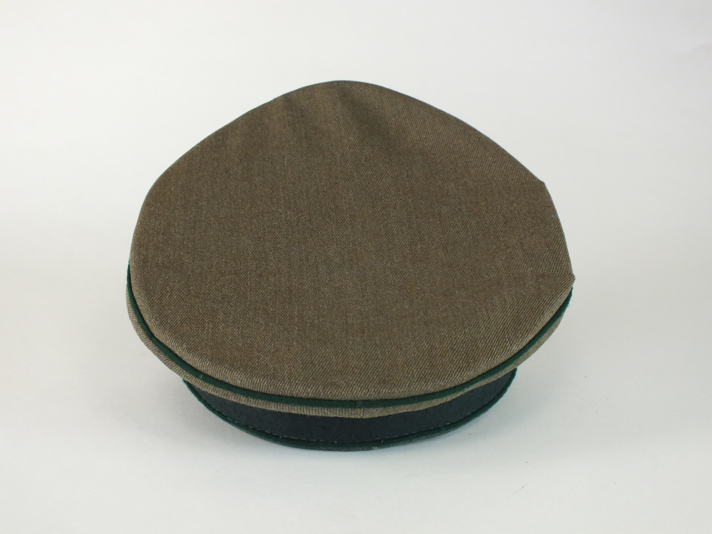 A German Army Administration Officer's visor cap, Austrian-made - Image 5 of 5