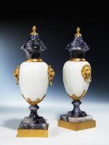 Paar Blue John-Louis XVI-Deckelziervasen