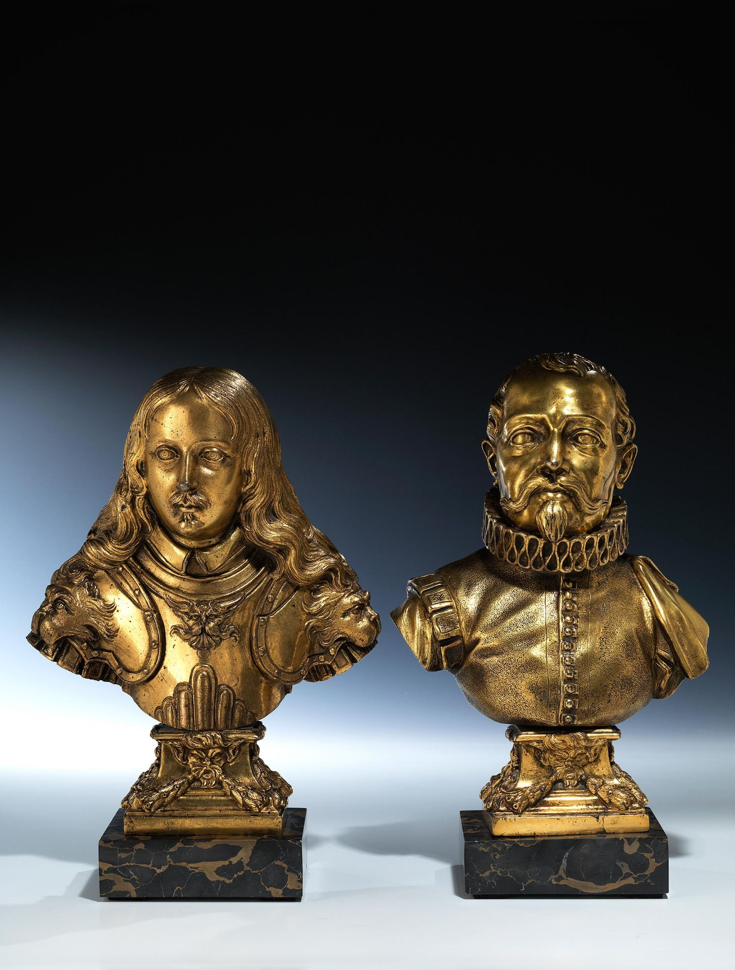 Paar vergoldete Bronzebüsten einer berühmten Serie