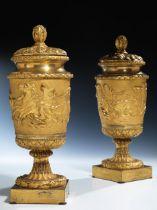 Paar Louis XVI-Bronzevasen
