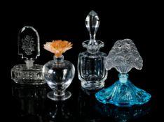 Konvolut von vier Glasobjekten