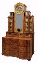 Bedeutendes Möbel mit Églomisé-Einlagen