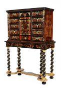 Zweiteiliges Louis XIV-Kabinett