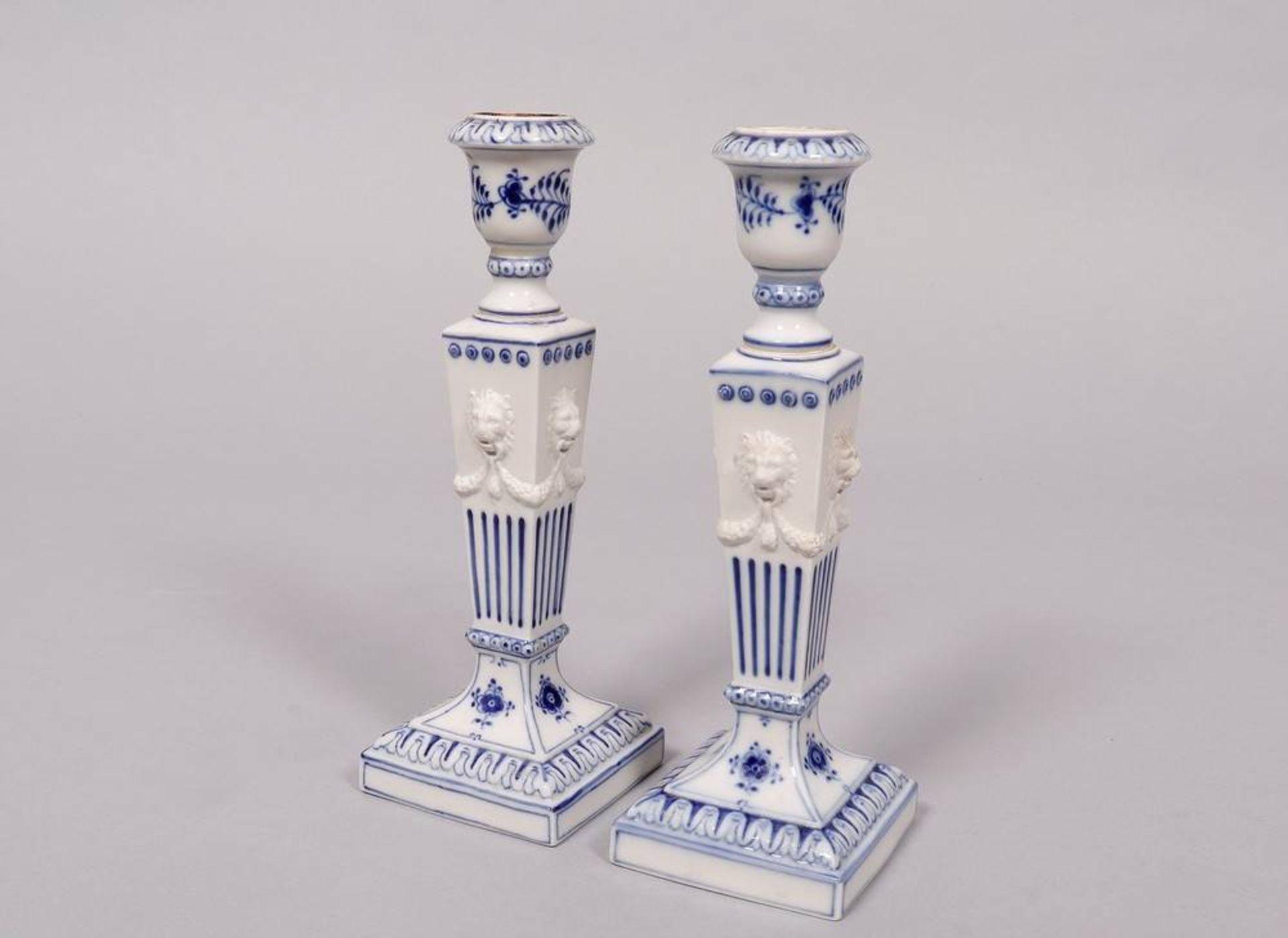 """Paar Kerzenleuchter, Royal Copenhagen, Dänemark, Dekor """"Musselmalet"""""""