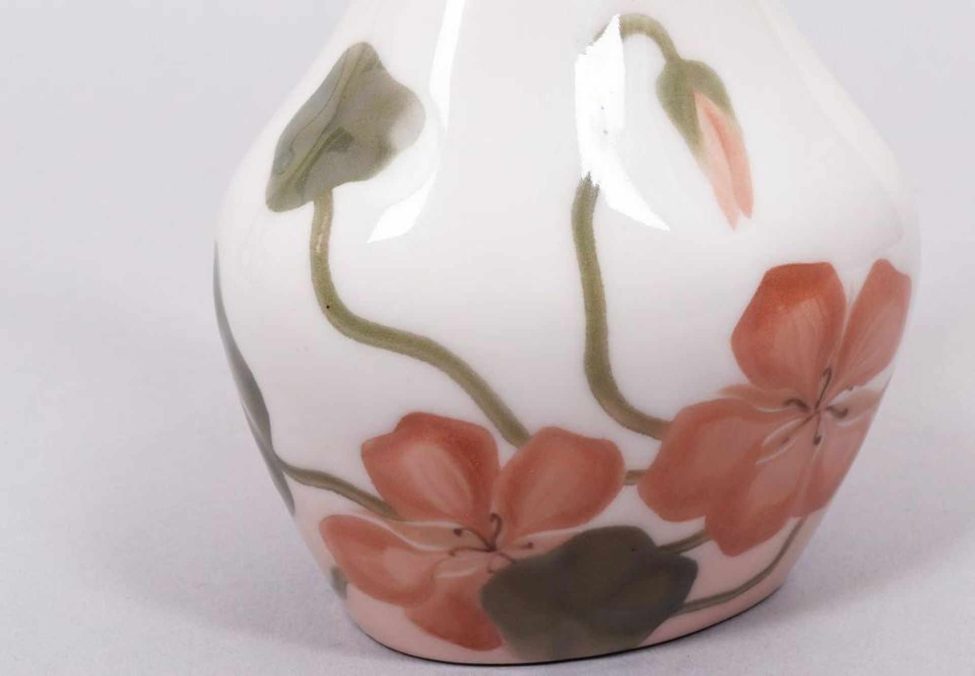 Small narrow neck vase, Bing & Grondahl, 1915-47 - Image 2 of 4