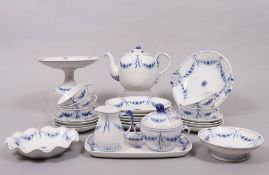 """Tea service for 6 persons, Bing & Grondahl, shape and decor """"Empire blue and white"""", 20th C."""