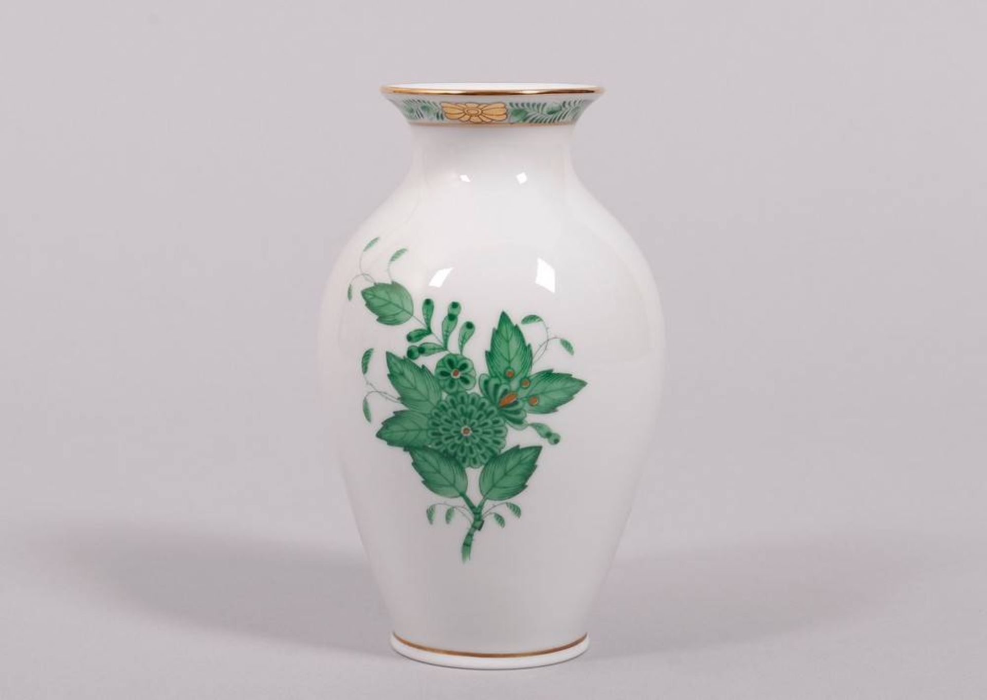"""Small vase, Herend, Hungary, 20th C., """"Apponyi green"""" decor"""