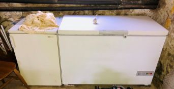 A Bosch Freezer; Zanussi Fridge (2)